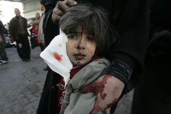 اطفال غزة والصدمة النفسية...!! gallery-gaza-air-str