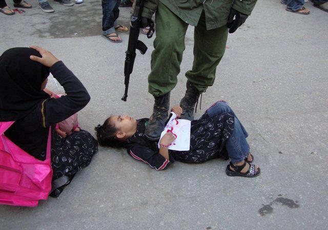 10.000 palestinos huyen ante la amenaza de Israel - Página 7 62285_10151414997763296_1068312153_n