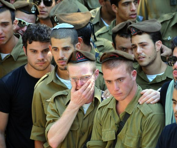 Zionist Soldier Crying (net)